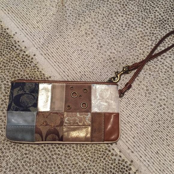 Coach Handbags - Coach Patchworks Wristlet